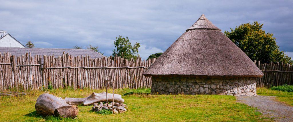 Dún na Sí - Ring Fort Image
